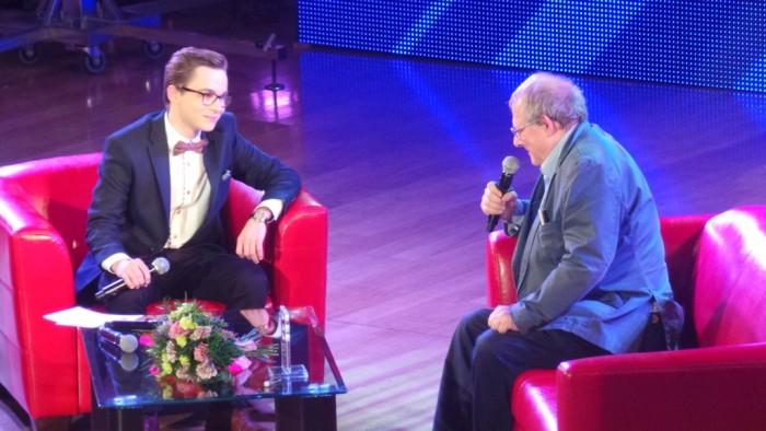 Prowadzący Galę Piotr Białczyk w rozmowie z Adamem Michnikiem