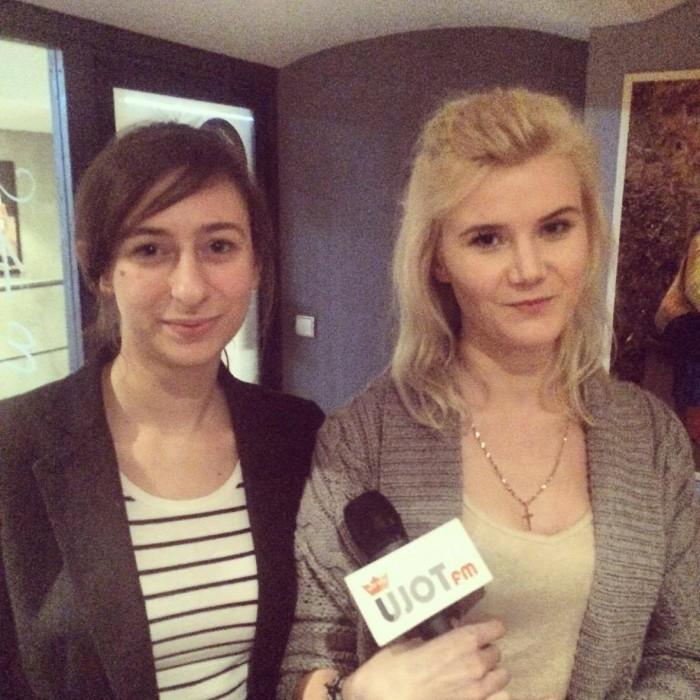"Reporterka UJOT FM, Nina Janus z organizatorką ""Legal Cafe"